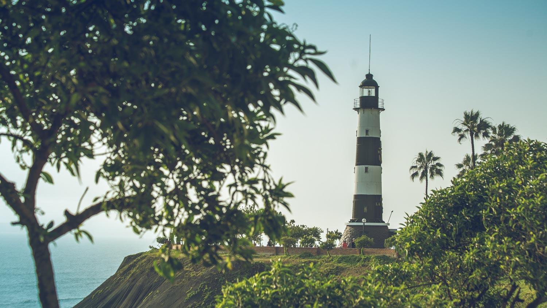 Faro La Marina, Miraflores
