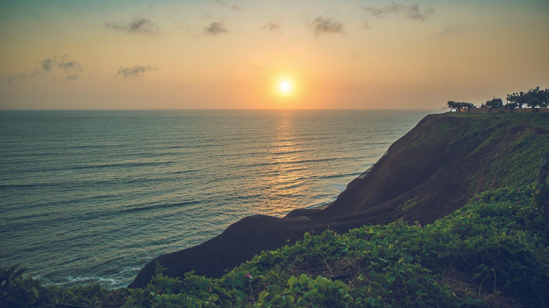 Sunrise in Miraflores