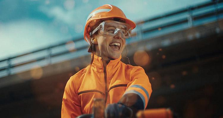 Natalina Muggli working at SBB Handwerk Challenge